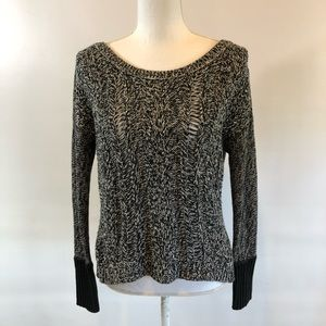 American Eagle S Black & White cable knit sweater